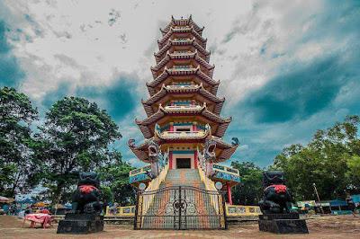 Pagoda Pulau Kemaro ~ Adventures Guide