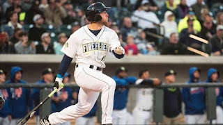 http://www.espn.com/mlb/story/_/id/19096354/tim-tebow-homers-first-bat-minor-league-debut-class-columbia-fireflies