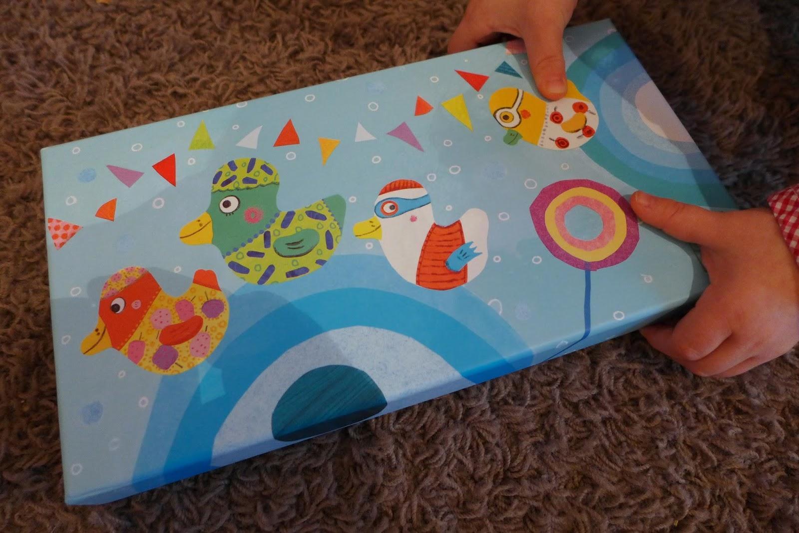 caprice et d lice kids geschenkideen f r 2 j hrige. Black Bedroom Furniture Sets. Home Design Ideas