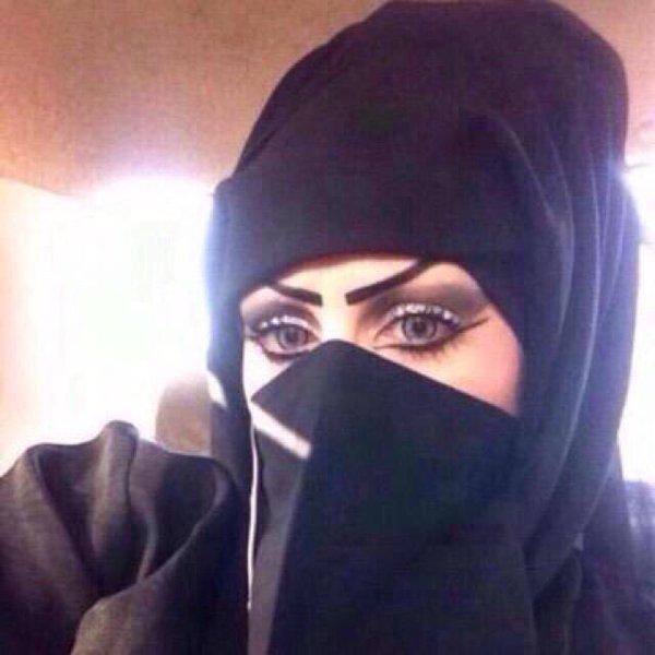 كويتية أربعينية أبحث عن شاريك الحياة زوج محترم