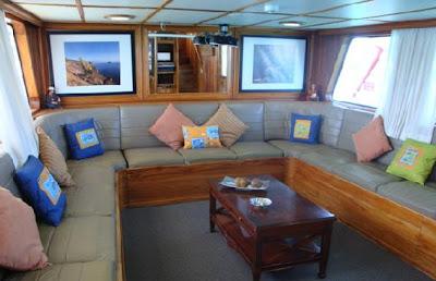 Galápagos tour económicos Crucero Yate Tip Top IV