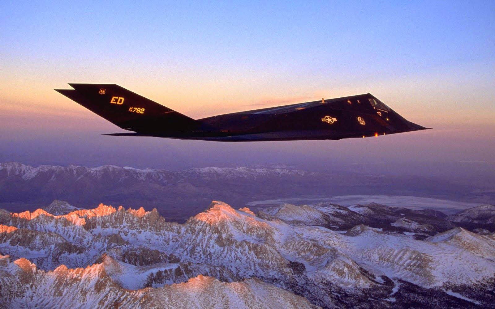 wallpapers: Lockheed F-117 Nighthawk Aircraft Wallpapers