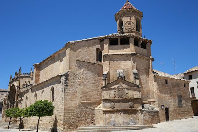 Iglesia y fuente de San Pablo