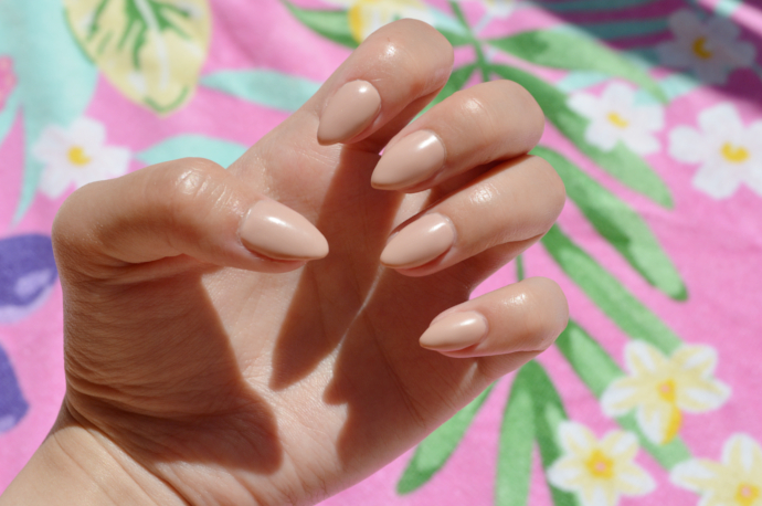 Nude Nails, CND, Essie, Matte Finish, Matte, Pointy