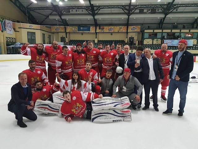Сборная Грузии по хоккею на льду одержала вторую подряд победу на Чемпионате Мира