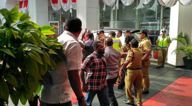 Perusak Kantor Kemendagri Dibebaskan, Pengamat: Coba Klo Pelakunya FPI