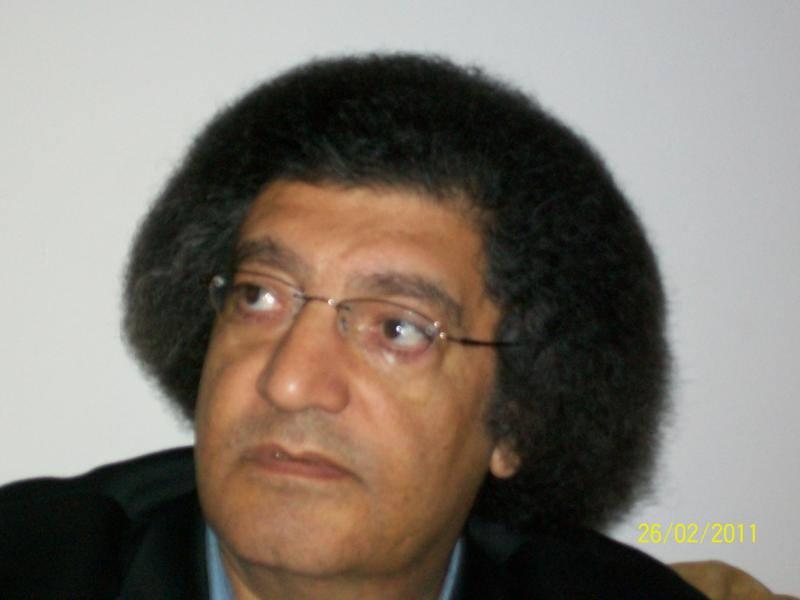 2ec05117a4e85 محمد ابو قريش يكتب .. عولمــة . . بس عشرة في المية