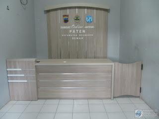 Pesan Furniture Kantor Ruang Lobby di Semarang
