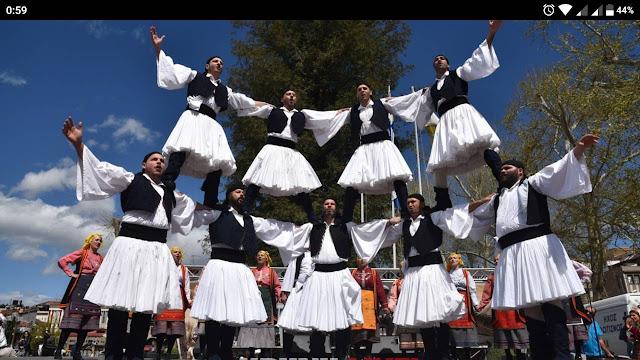 Συμμετοχή του Λυκείου Ελληνίδων Άργους (Τμήμα Κουτσοποδίου) σε φεστιβάλ παραδοσιακών Χορών στα Τρίκαλα