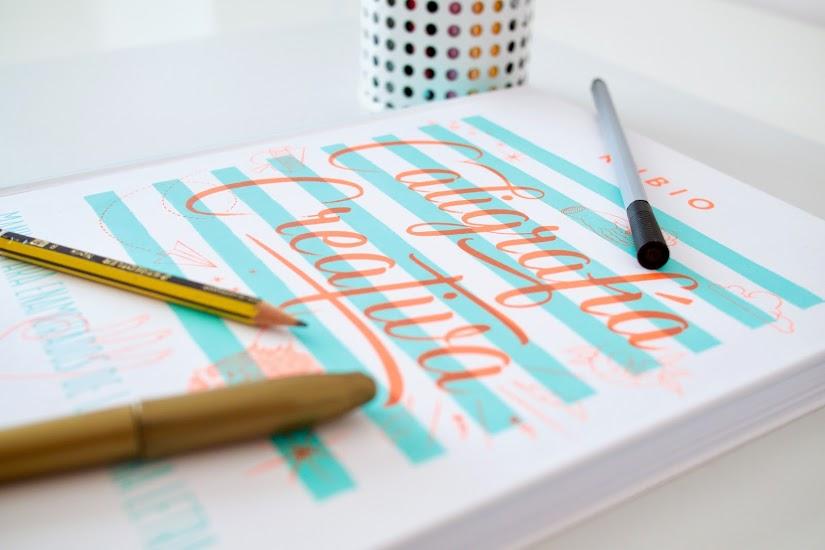 Libro de caligrafía creativa