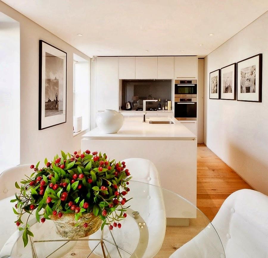 Apartament w Londynie w nowoczesnym i klasycznym stylu, wystrój wnętrz, wnętrza, urządzanie domu, dekoracje wnętrz, aranżacja wnętrz, inspiracje wnętrz,interior design , dom i wnętrze, aranżacja mieszkania, modne wnętrza, styl nowoczesny, styl klasyczny, biała kuchnia