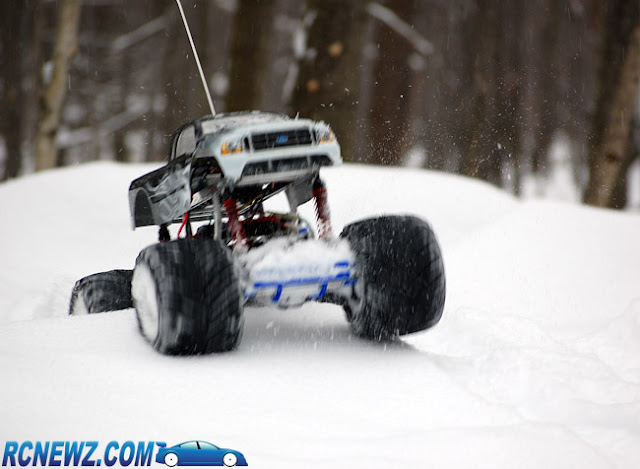 Tamiya Clod Buster ESP Clodzilla II action pictures