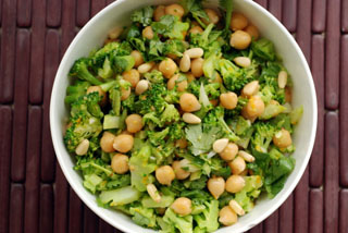 chickpea broccoli salad