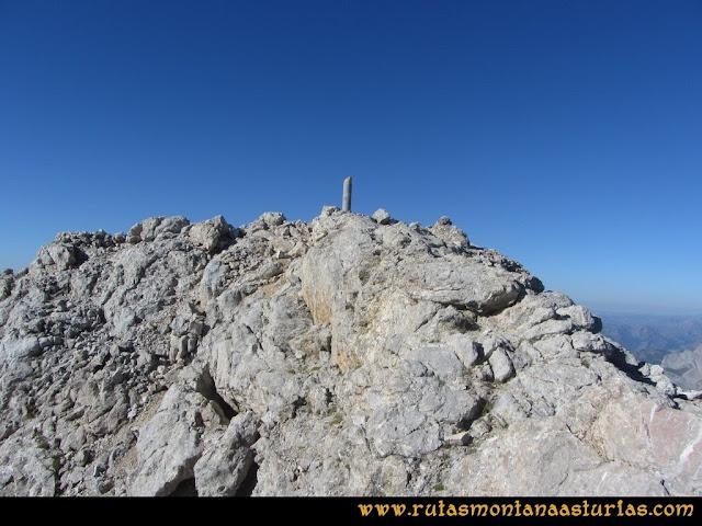 Ruta Cabrones, Torrecerredo, Dobresengos, Caín: Índice geodésico del Torrecerredo