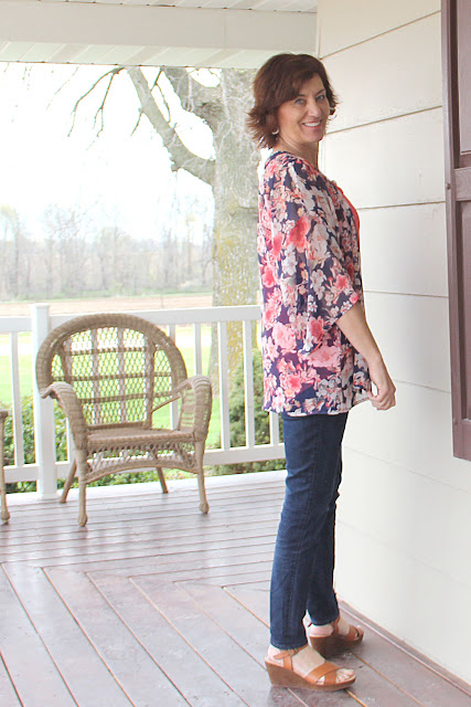 IndieSew Florence Kimono by Sew Caroline sewn into the perfect spring topper with Polyester Chiffon from Style Maker Fabrics