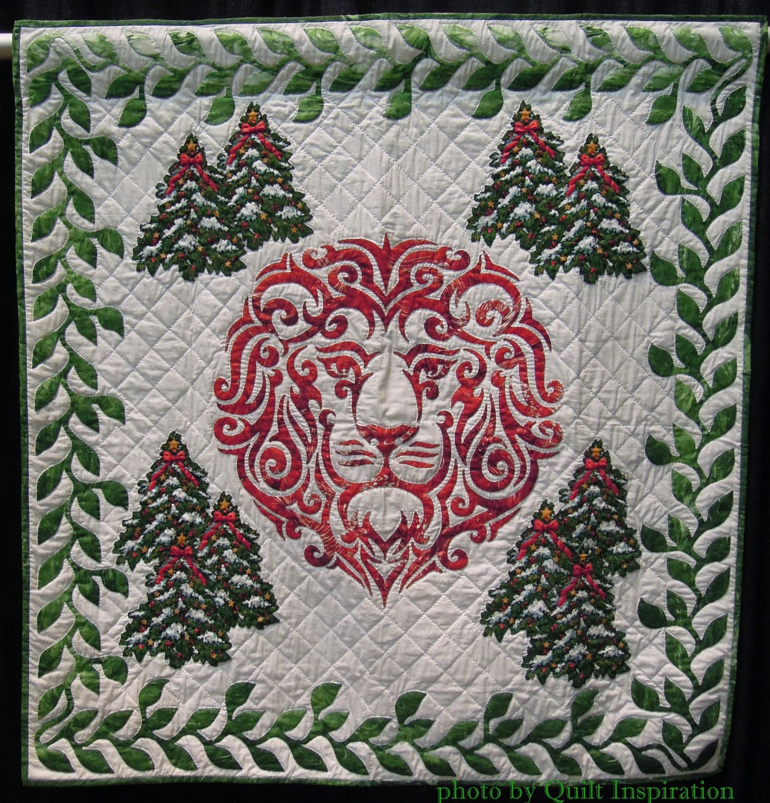 Quilt Inspiration: Twelve days of Christmas quilts ...
