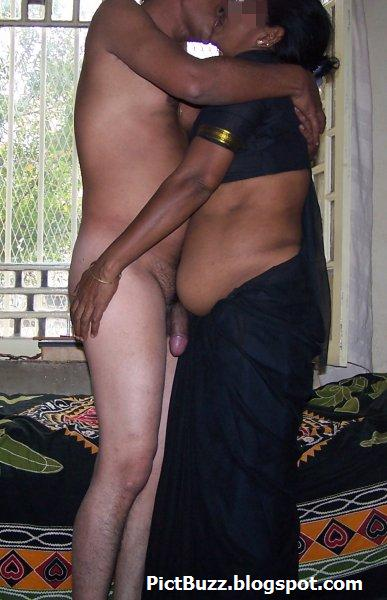 Tamil Dirty Sex Pictures - The Best Tamil Sex Website -1976