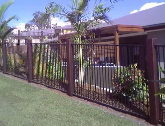 desain pagar rumah minimalis besi baja