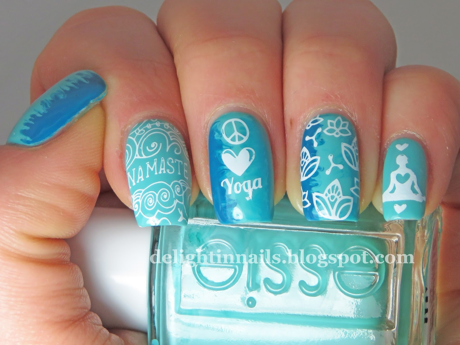 Delight In Nails 40 Great Nail Art Ideas Aqua Or Turquoise