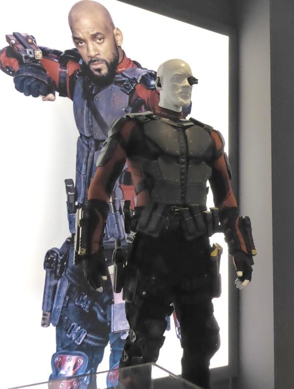 Deadshot Suicide Squad movie costume