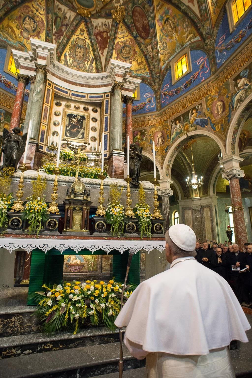 Papa francesco santuario di pompei