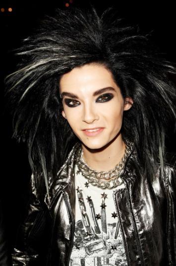 Foto de Bill Kaulitz con mucho cabello