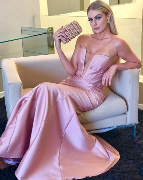 vestido de festa sereia rosa