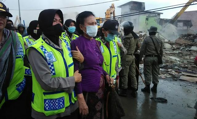 HOT NEWS! Ratna Sarumpaet, Racmawati Soekarnoputri, Ahmad Dhani Ditangkap Polisi