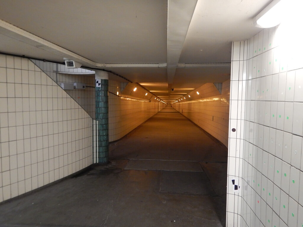 Maastunnel ou Túnel Maas