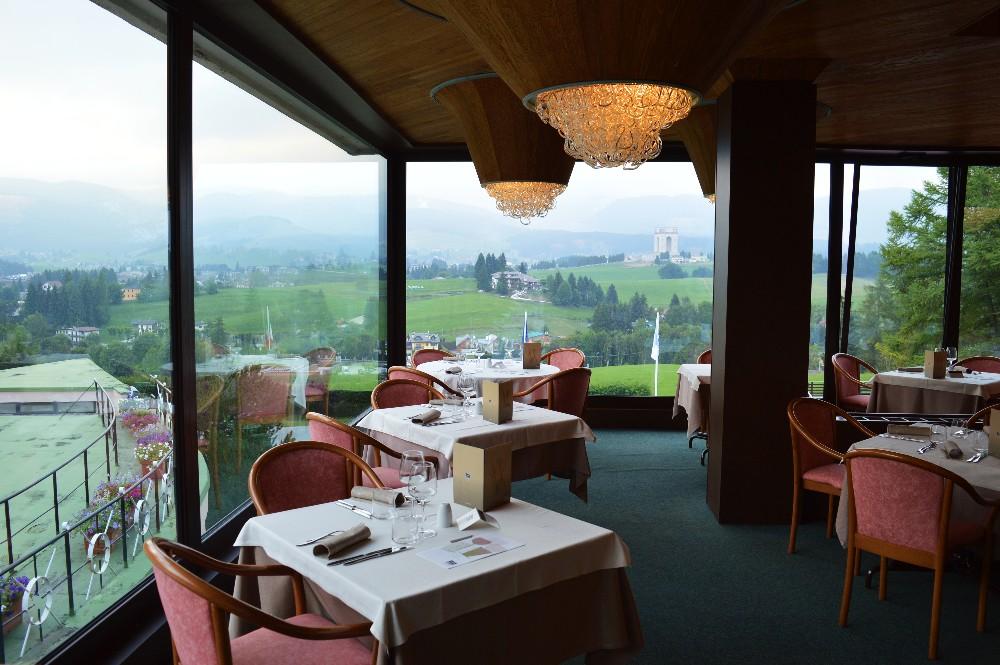 Linta park hotel asiago benessere e relax sull 39 altopiano for Asiago centro hotel