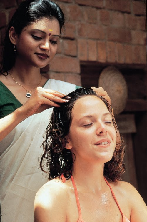 Traditional Kerala Ayurvedic Head Massage