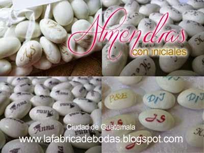 Almendras personalizadas con iniciales para bodas guatemala