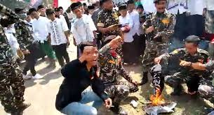 Anton Tabah: Banser Bakar Bendera Tauhid dengan Penuh Kebencian