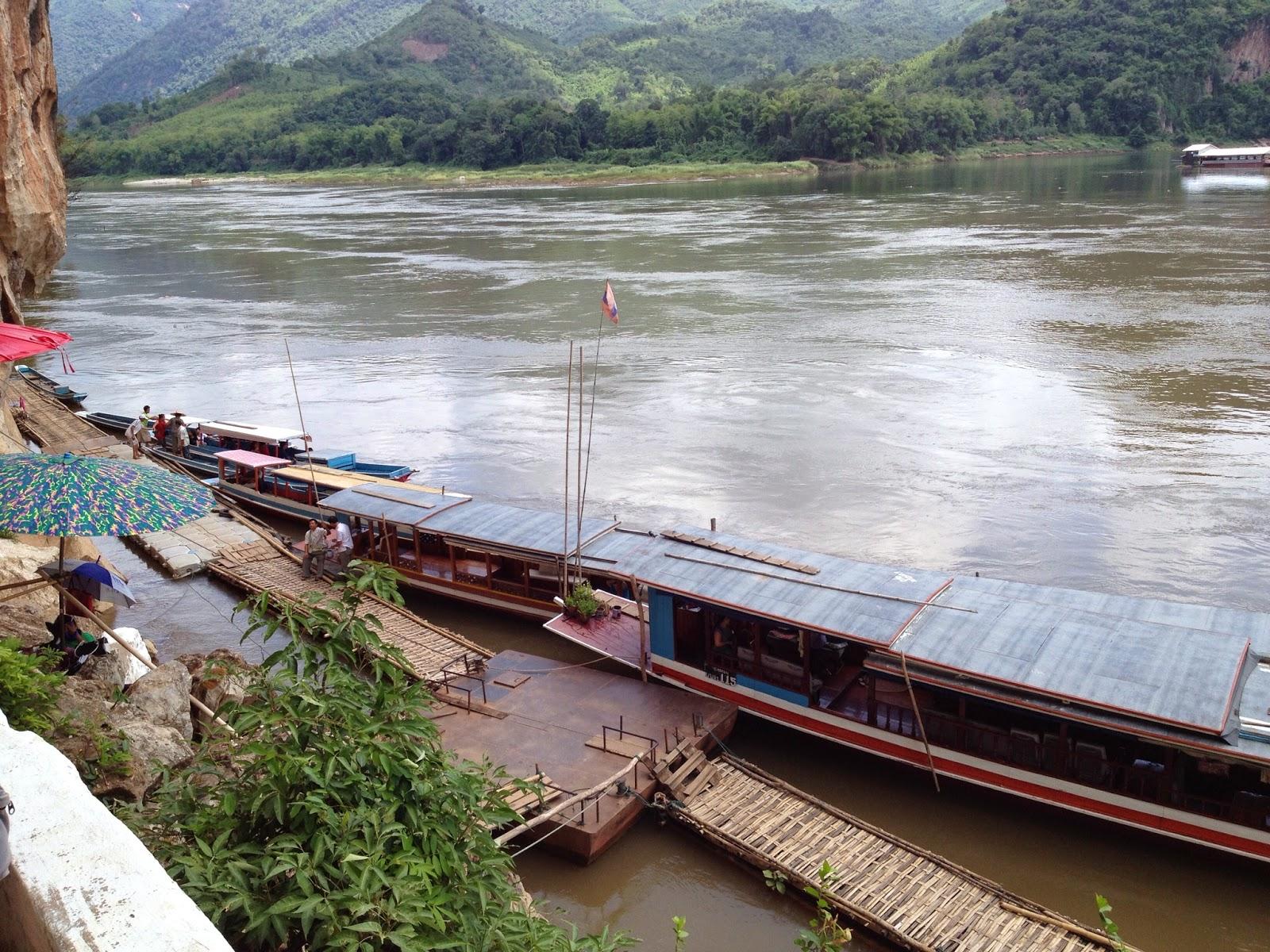 Luang Prabang - Heading back down to the boats
