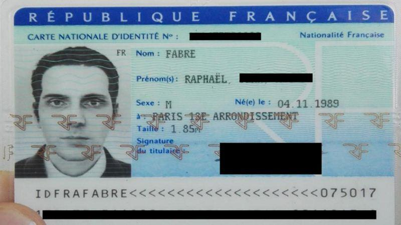 French Artist gets ID card based on 3D modelled version of his head