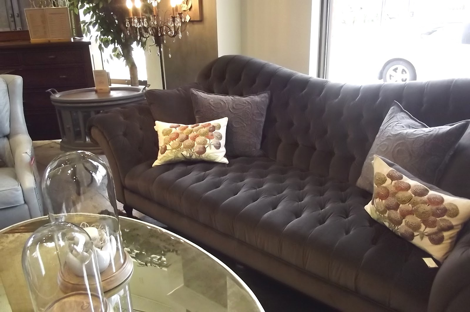 Velvet Grey Tufted Sofa Como Hacer Cama Para Perros Red River Interiors What 39s Inspiring Me