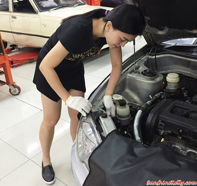 Car Maintenance 101 Workshop, TOC Automotive College, Car Maintenance, 101 Workshop, Car Workshop, Automotive College, How to Change Car Tyre, How to jump start car, repair car bulb