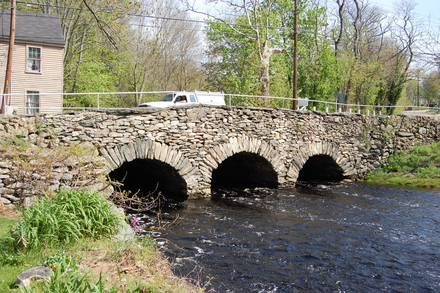how to build a small stone arch bridge