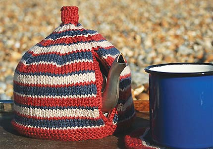 Free Knitting Patterns Flowers : Miss Julias Patterns: Free Patterns - 20+ Tea Cozy to Knit & Crochet