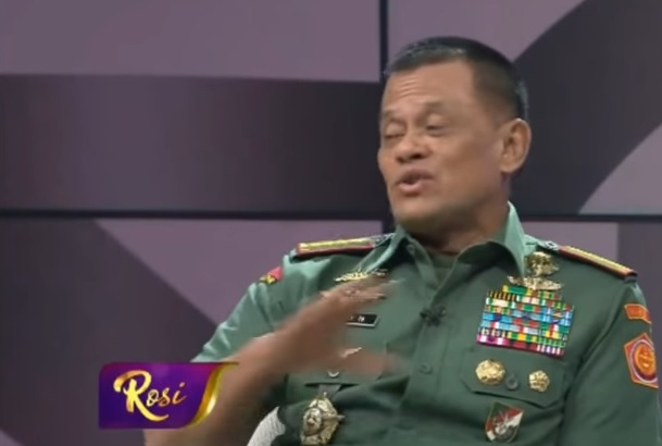 Panglima TNI di Acara Rosi