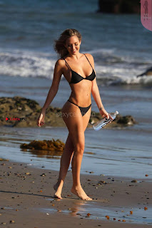 Jules-Liesl-138-Water-Bikini--09+%7E+SexyCelebs.in+Exclusive+Beautiful+Ass+Tits.jpg
