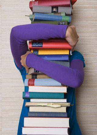 Especial: Unesp distribui livros em terminais de onibus de SP 17