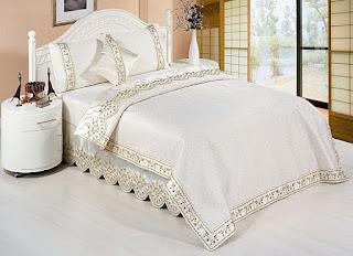 مفارش السرير