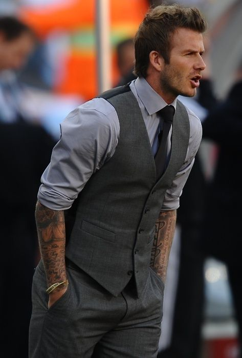 Discover exactly what clothes David Beckham is wearing. Exact products identified with additional close matches, similar and bargain items.