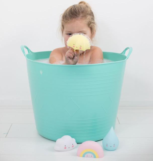 http://www.mamanfaitsescourses.com/jouets-de-bain-303-1.html