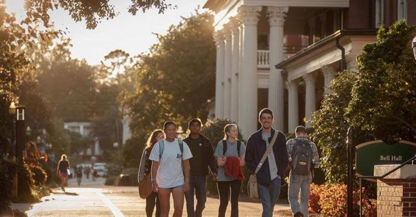 GENERACIÓN Y: «Millennials» son los más interesados en obtener un posgrado