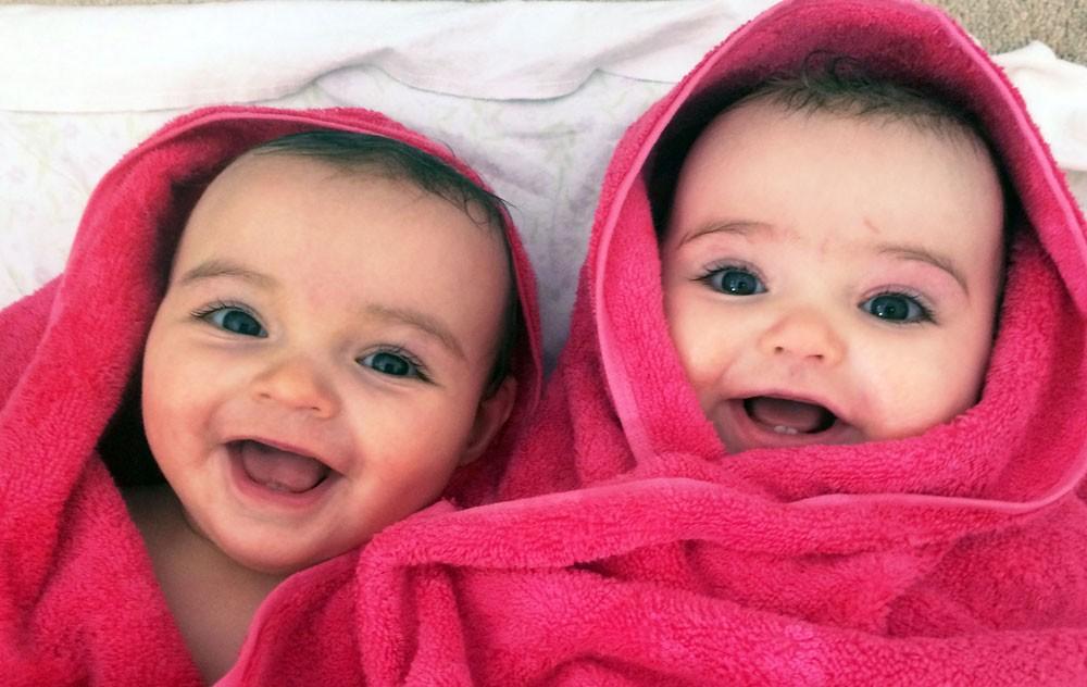 تفسير حلم رؤية ولادة التوأم في المنام موسوعة المعرفة الشاملة