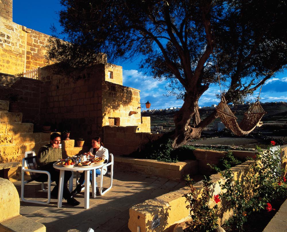 Isla de Gozo: Caminatas, Paisajes y Casas de Labranza