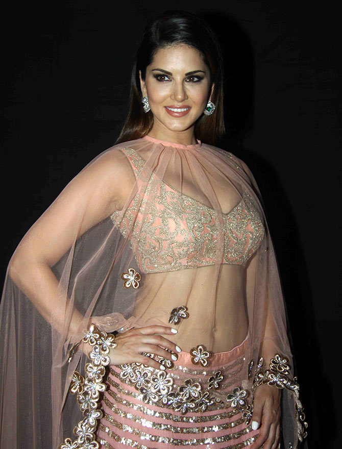 Sunny Leone In Saree Collectionshot Wallpapersexy