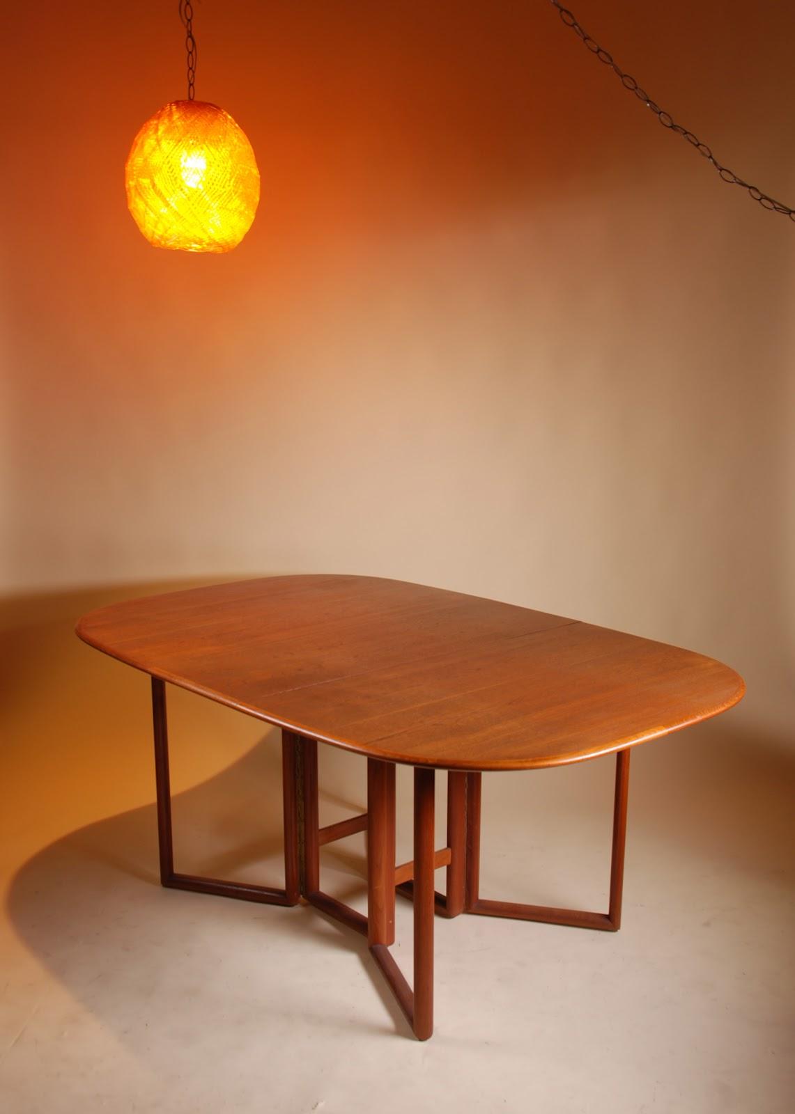 Mid Century Modern Ceiling Light Fixture: *: Mid Century Modern Oval Folding Dining Table